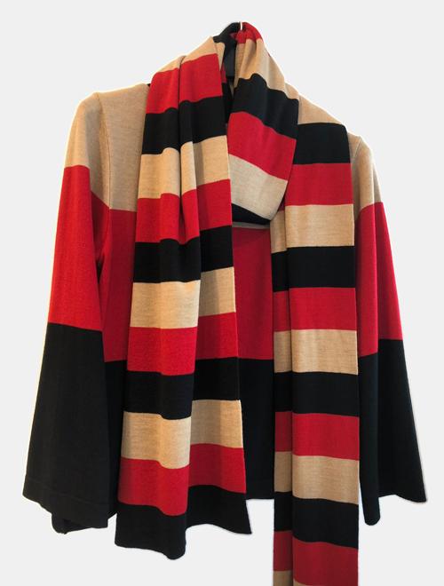 maglia con sciarpa